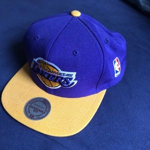 Lakers snap back